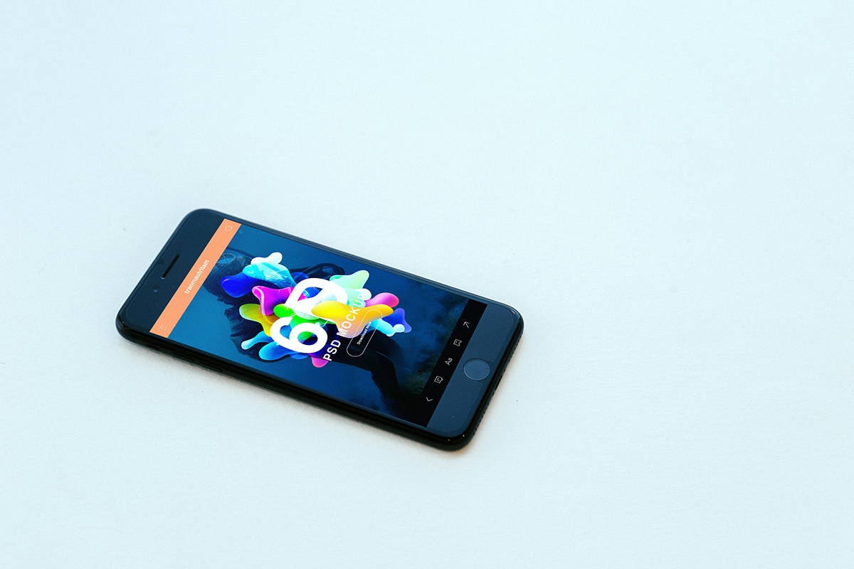 iPhone 7 Photorealistic Mockup for PSD